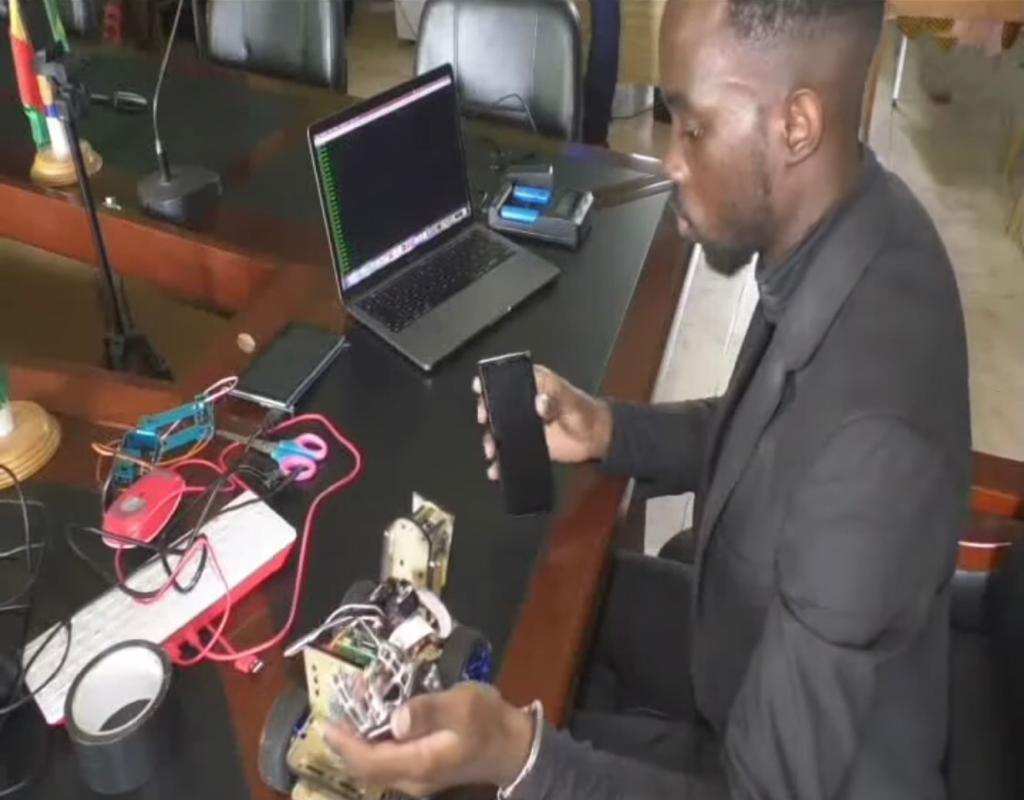 Innovation: Young Cameroonian creates robot, hints on secret behind his success